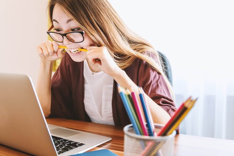 Self-Taught or with Guidance: The Better Way to Learn Digital | RCM School Of Excellence Digital College